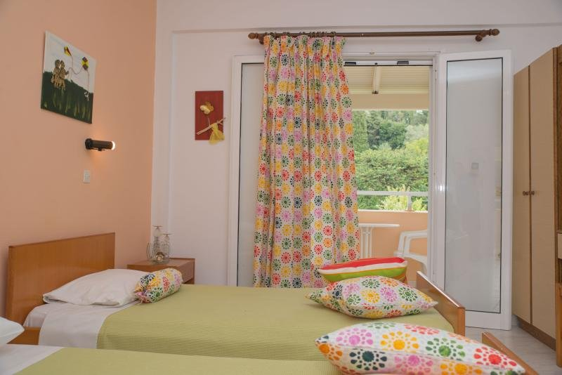 Marina Studio - Studio 3, holiday rental in Avliotes
