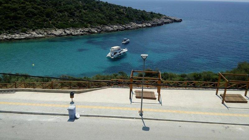 Profitez de la Crystal Blue Waters de la mer Egée