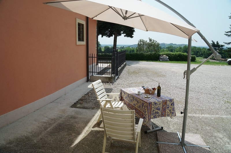 Valpolicella Guest house, holiday rental in San Pancrazio