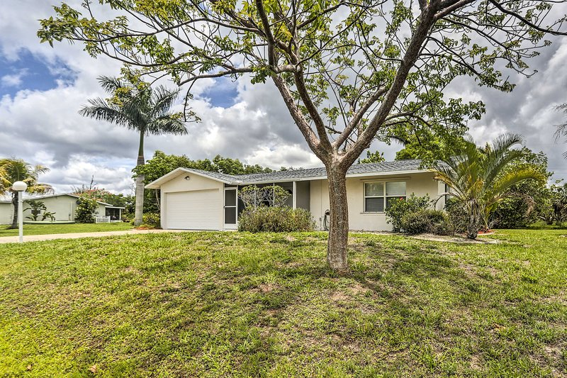 This canal-front home is situated just a 5-minute walk from the boat ramp.