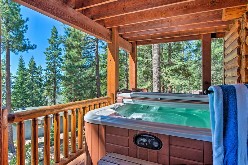 End each lake-day excursion with a dip in your private 6-person hot tub.