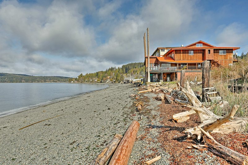 This Sointula home epitomizes the culture of the Canadian islands.