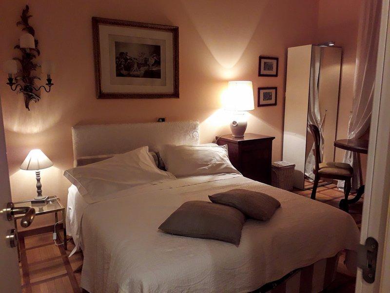 LIGHT CHARME APARTMENTS: Appartamento con CUCINA, 2 CAMERE E 2 BAGNI, vacation rental in Novegro