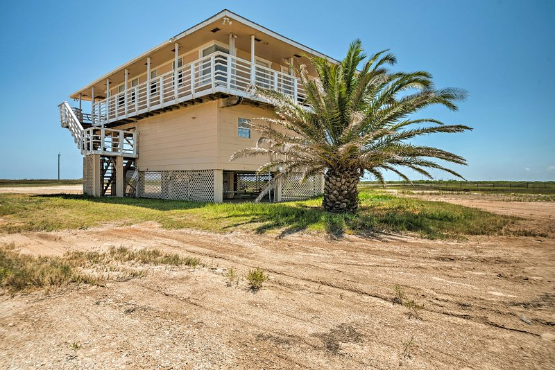 Book this vacation rental house for the ultimate beach trip!