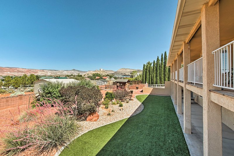 St. George Apt Surrounded by Trails & Golf!, alquiler vacacional en Ivins