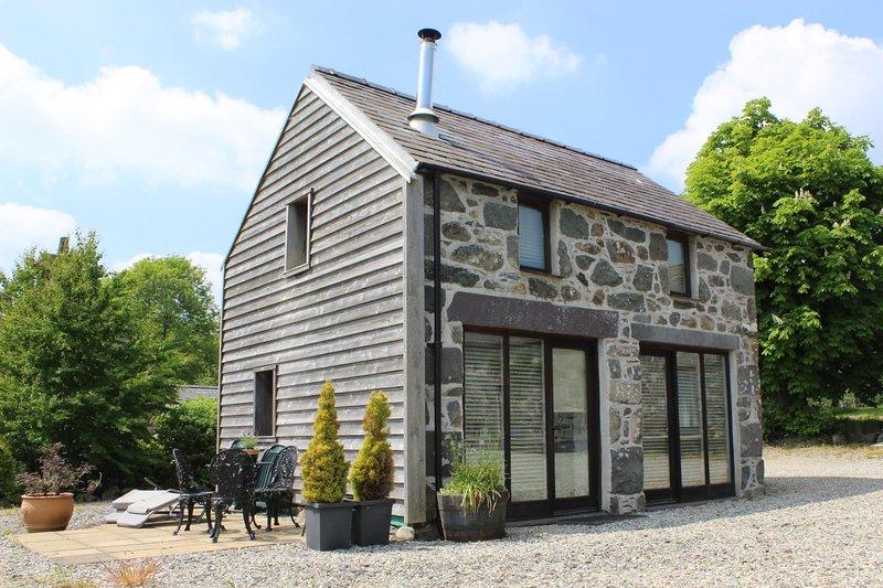 Coach House, Tyddyn y Felin, holiday rental in Criccieth