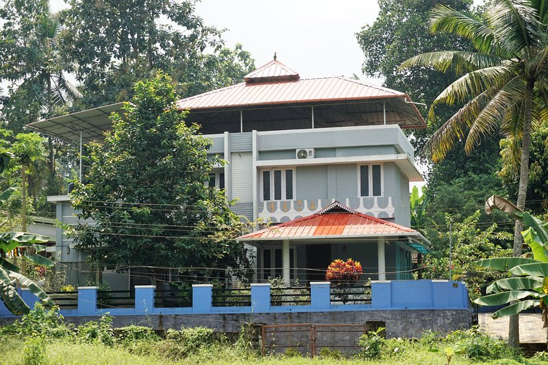 Thannikkary Vacation Home, vacation rental in Kottayam