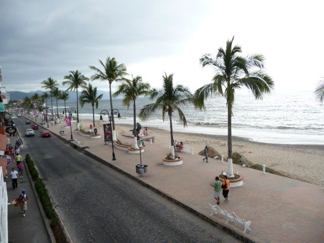 See walk on the ocean our lovely Malecone