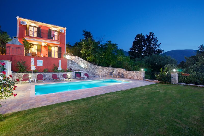AN OTHER VIEW OF OUR VILLA WITH PRIVATE POOL AND GARDEN WITH GRASS