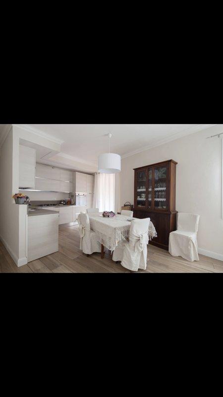 Stupenda casa nel centro di Lerici, tre camere da letto, vacation rental in Pugliola