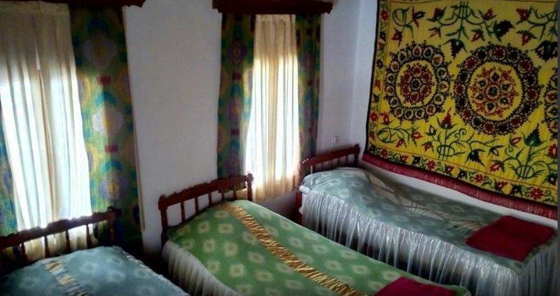 Bukhara Hotels Miraziz Ambari - Twin Room 2, alquiler de vacaciones en Uzbekistán