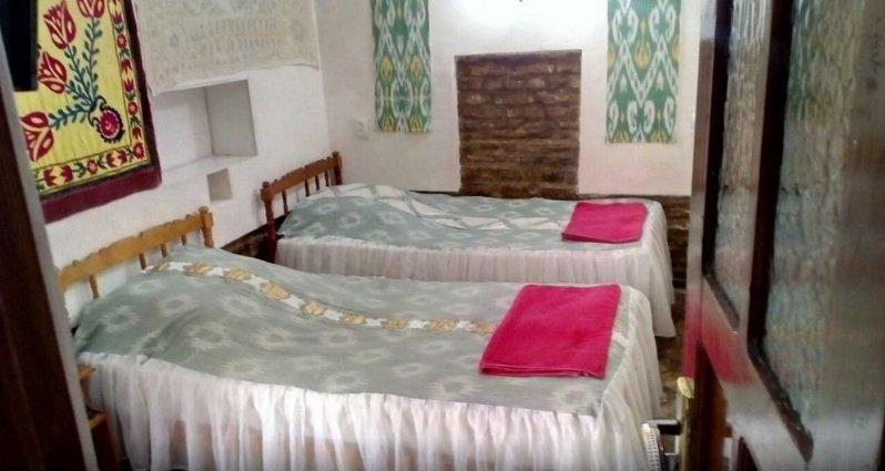Bukhara Hotels Miraziz Ambari - Triple Room 3, alquiler de vacaciones en Uzbekistán