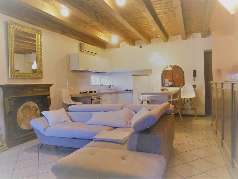 dimora Ekaterin in Valpolicella, holiday rental in Bussolengo