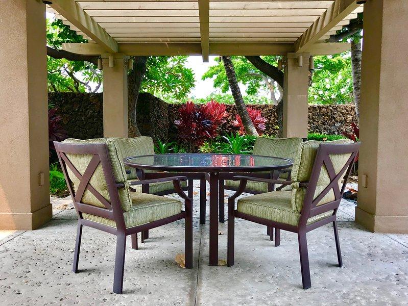 Fairway Villa Poolside Seating Reserved for Guests of Fairway Villas