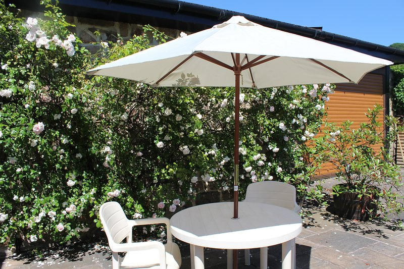 The Mistal comfortable cottage in Blackbrook, vacation rental in Quarndon