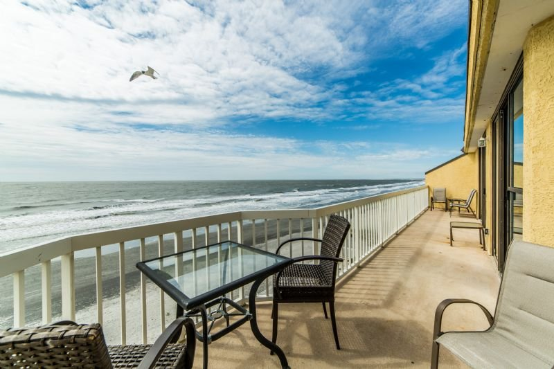 Oceanfront Villas 421 Atop Folly