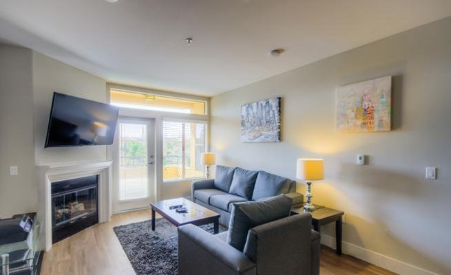 Glendon Westwood #2119, holiday rental in Beverly Hills