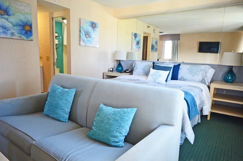 Aloha Surf 1209 Private King Suite [AS1209-TH-CTOM-00-ACH], aluguéis de temporada em Kahala