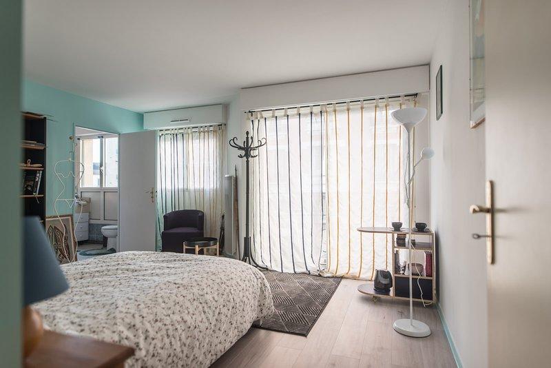 Private big room near Paris, casa vacanza a Nogent-sur-Marne