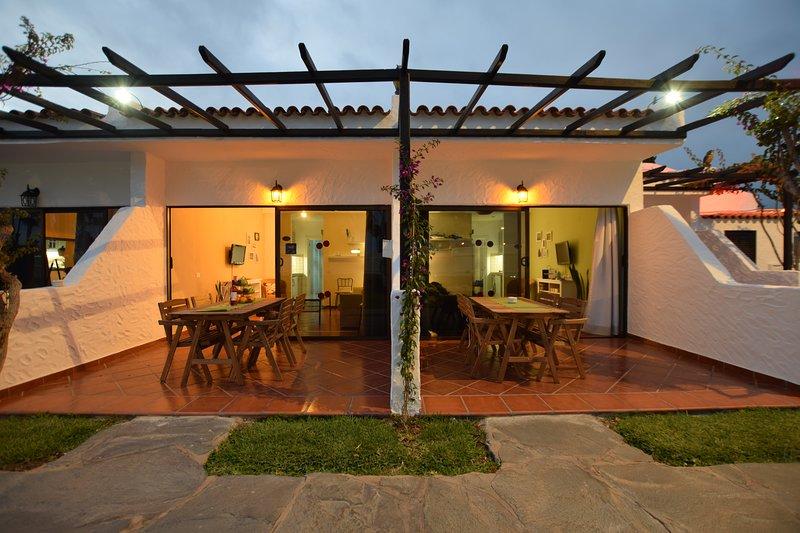 300mt. Yumbo in quiet2  fantastic location  wifi  fibra included, vacation rental in Maspalomas