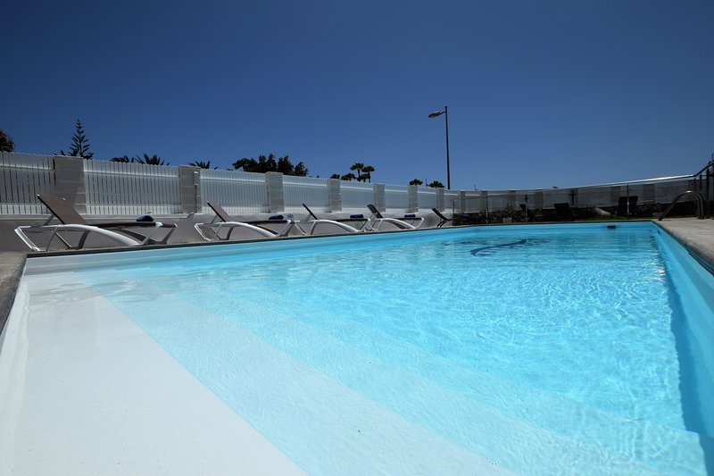 New and confortable apt3 in quiet zone 500 meters to de Dunes  wifi free, vacation rental in Maspalomas