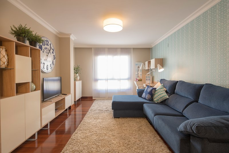 Apartamentos Villa de Plentzia Kaia-Puerto. Disfruta de la playa cerca de Bilbao, holiday rental in Sopelana