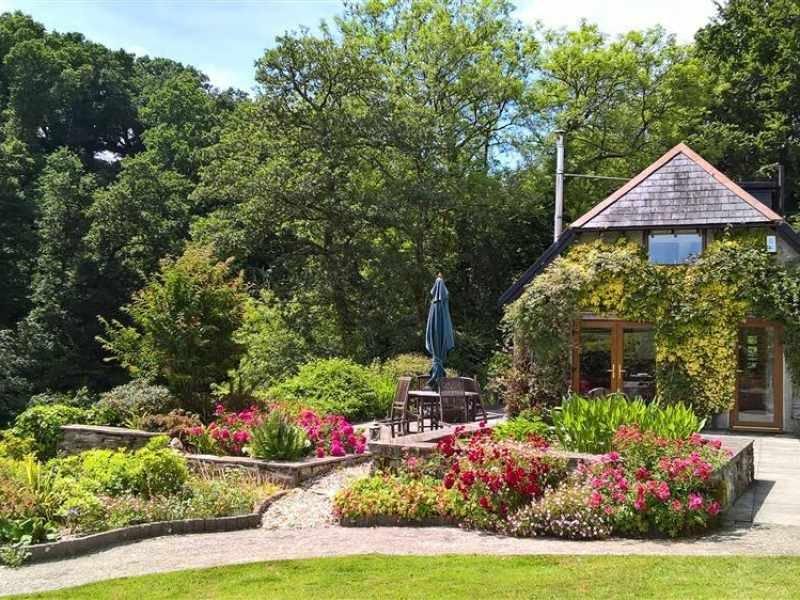 Kingsmill Farm Cottage in bloom