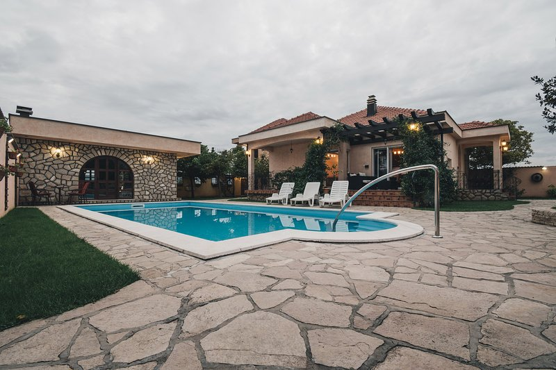 Villa of Flowers Mostar, location de vacances à Mostar