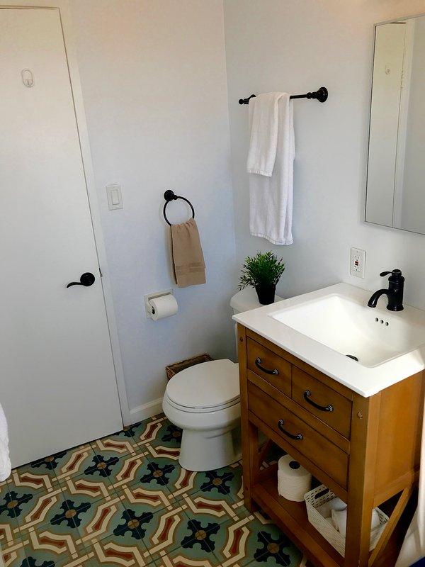 2nd Bathroom - full bathtub/shower
