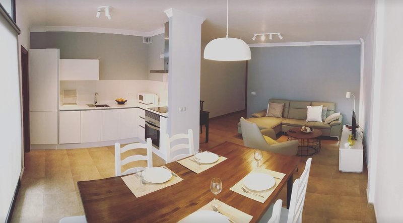 BEAUTIFUL apartment in the COOLEST neighborhood!!, vacation rental in Puerto Naos