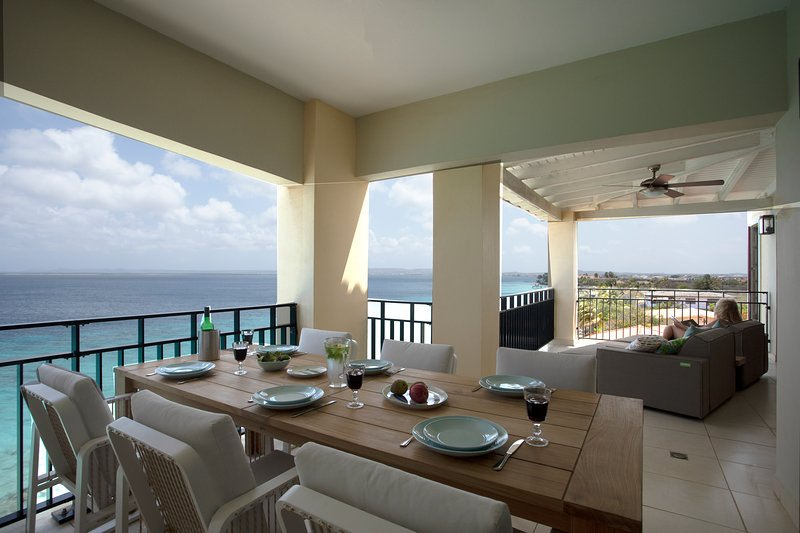 Penthouse on the beach - Bellevue 11, aluguéis de temporada em Bonaire