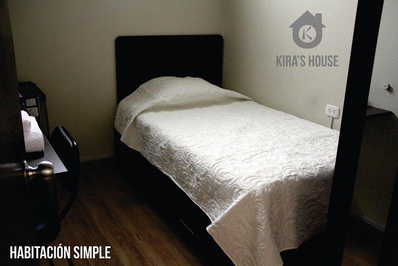 Kira's House - Centro de Piura - Hab. Simple, holiday rental in Piura