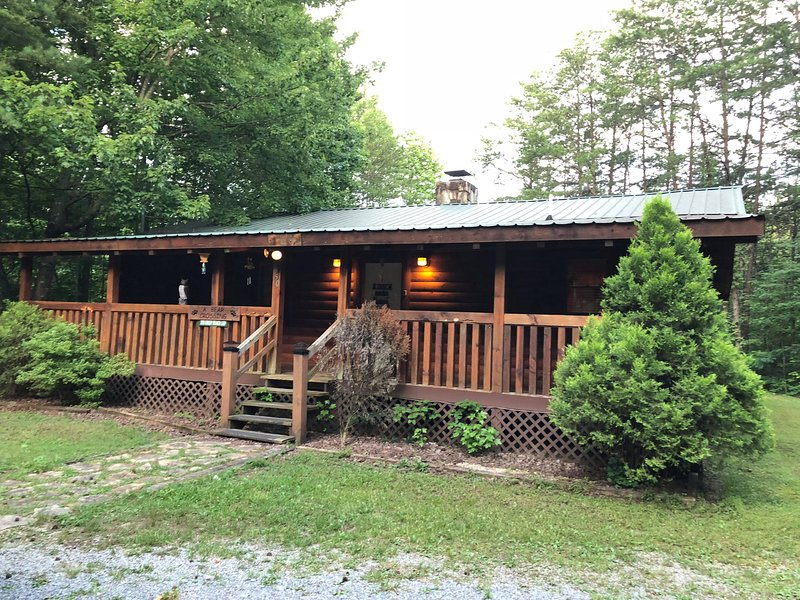 A Bear Crossing in East Tennessee, holiday rental in Sevierville