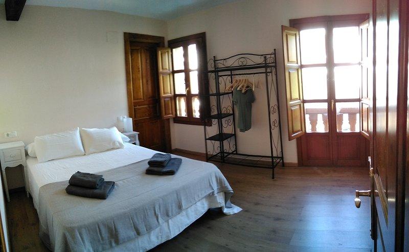 Casona Angliru, disfruta de la naturaleza al más puro estilo asturiano, holiday rental in Pajares