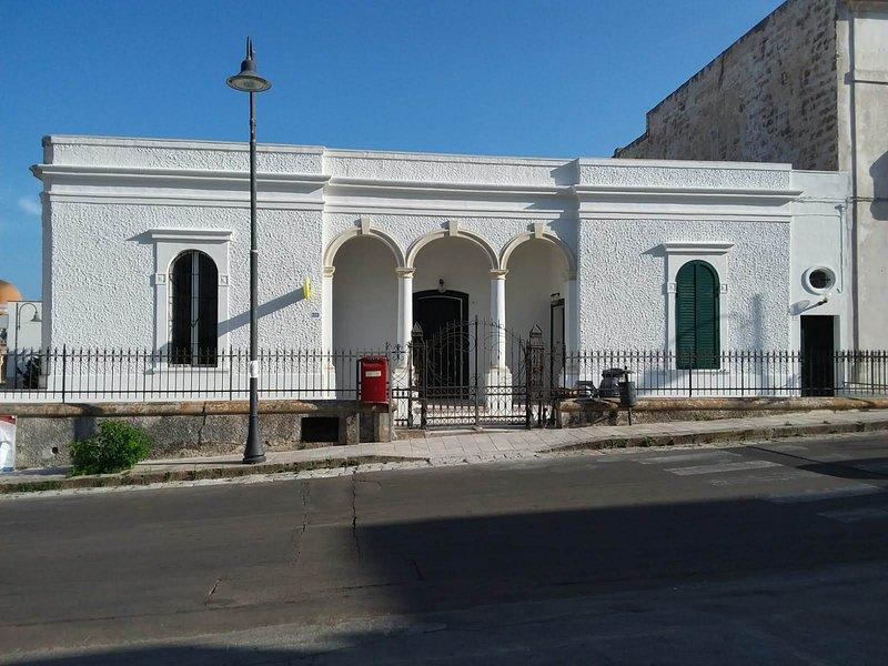 casa d'epoca appena ristrutturata, aluguéis de temporada em Porto Badisco