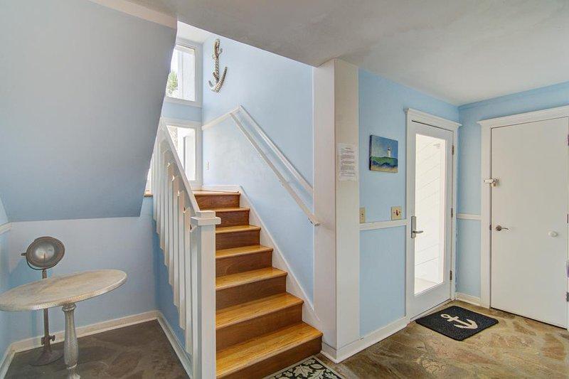 Foyer, 14 Beachwood Medio