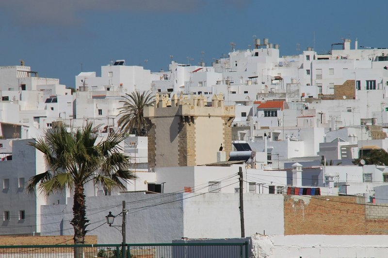 Apartamento Ceuta 49, holiday rental in El Palmar de Vejer