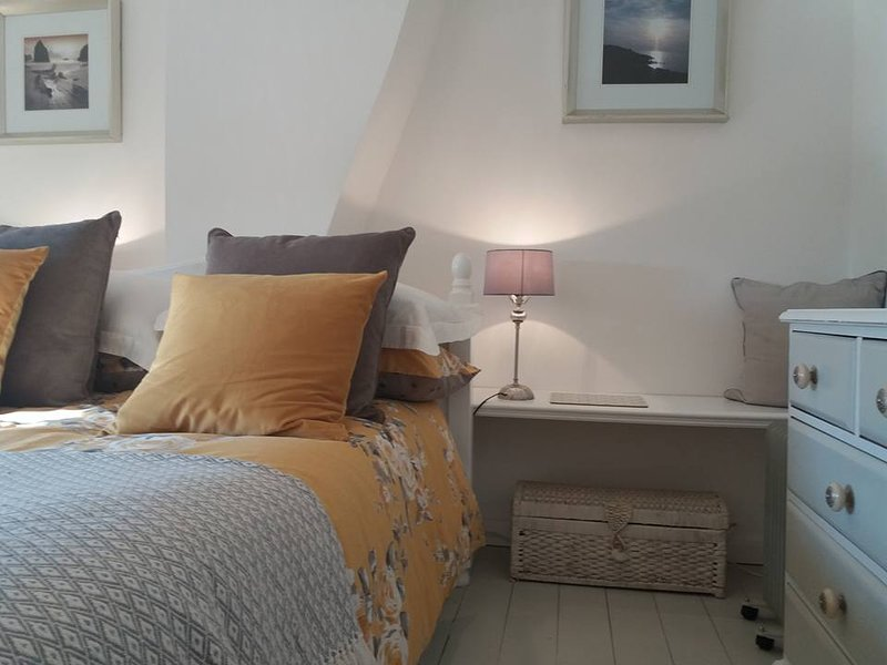 Fossil Cottage - Berryl Farm Cottages, holiday rental in Billingham