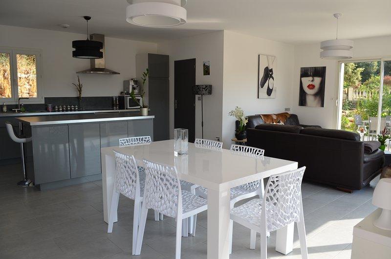 AKTUALISIERT: 2019 - Villa moderne avec piscine privée ...