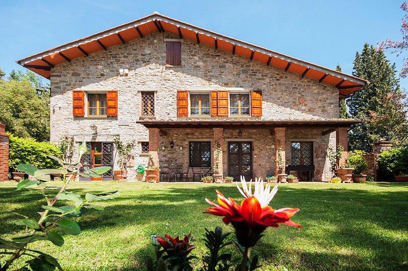 PODERE MONTELUCCI - GAIOLE IN CHIANTI, alquiler de vacaciones en Gaiole in Chianti