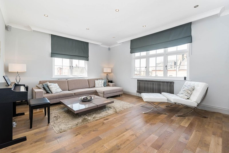 Spectacularly Stylish 2 Bed Flat Heart of Fulham, Ferienwohnung in Chiswick