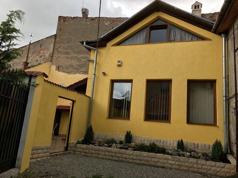 Villa Bonita en Plopilor, alquiler vacacional en Tilisca