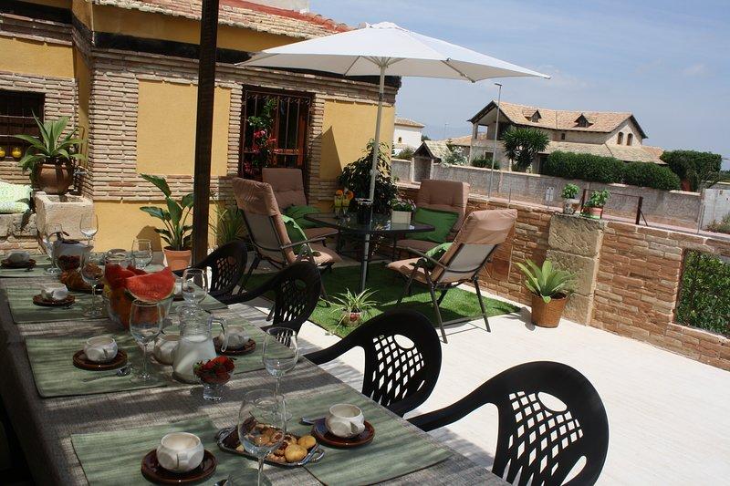 indoor and outdoor sun terrace.
