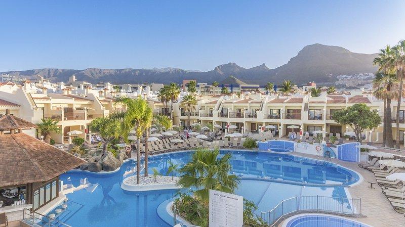 Royal Sunset Beach, Tenerife, vacation rental in Playa de Fanabe
