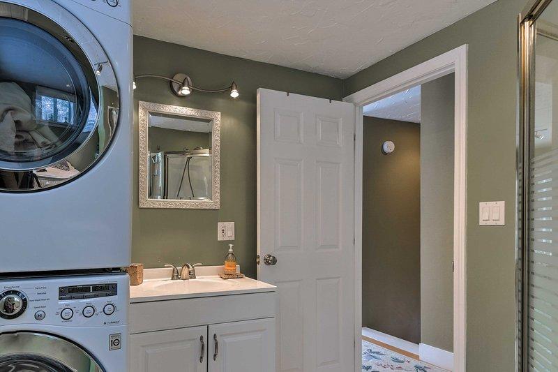 que mantener la ropa limpia con la lavadora y secadora!
