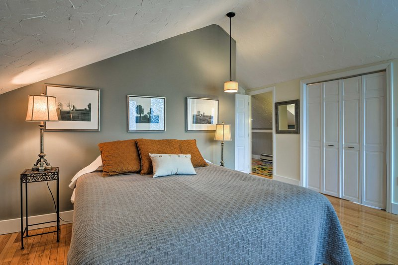 Both bedrooms offer queen beds.