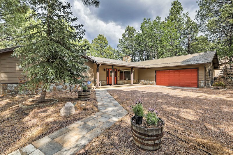Ideal for 10 travelers, this home boasts 2,900 square feet of living space.