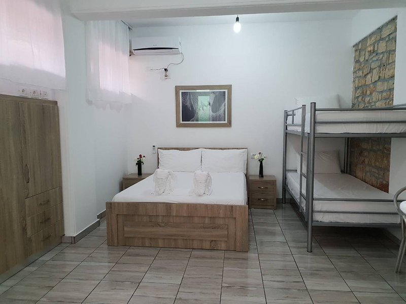 Cheimaros, vacation rental in Himare