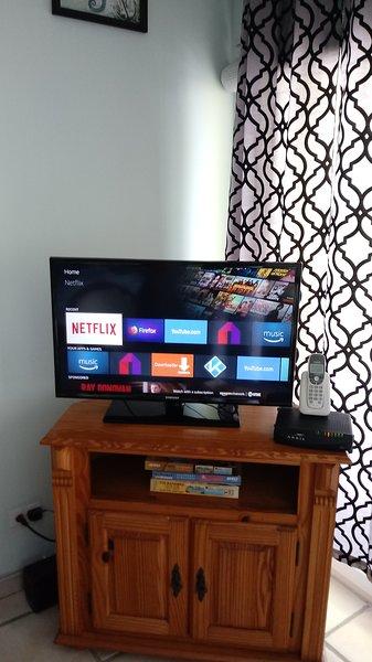 TV situado en la sala de estar.