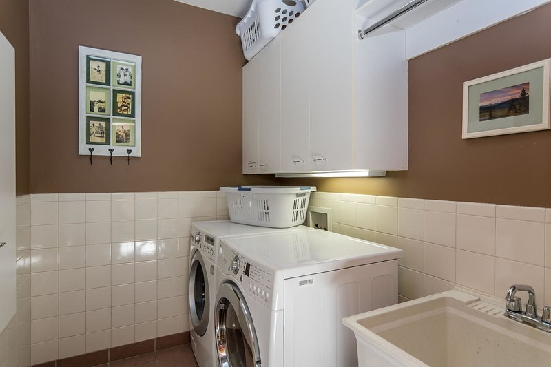Main level laundry room with private washer/dryer
